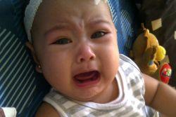 Tenangkan Bayi Saat Ia Kesakitan