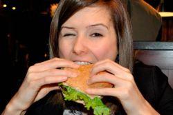 Deretan Penyebab Kolesterol Meningkat