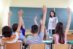 Tips Menjadi Guru yang Disukai Siswa