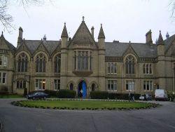 Segera Ambil Kesempatan Melanjutkan Studi di University of Bradford!