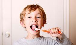 Hindari Kebiasaan yang Merusak Gigi!