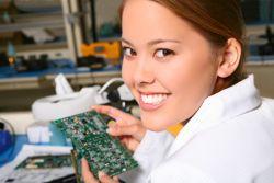 Beasiswa untuk Wanita Bidang Teknik, Ada yang Berminat?