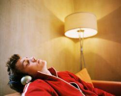 Bahaya Tidur dengan Lampu Menyala