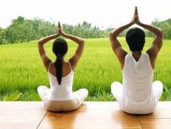 Yoga sebagai Pengobatan Alternatif. Kenapa Tidak?