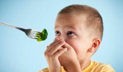 Anak Suka Pilih - Pilih Makanan? Atasi dengan Kebiasaan Ini