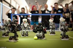 TIM Robot ITB Raih Emas di Fira Robo World Cup 2013