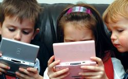 Gadget untuk Anak, Perlu Nggak Sih?