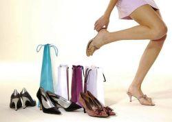 Plus Minus Sepatu dan Sandal bagi Kesehatan Kaki
