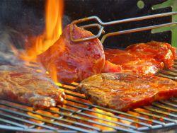 Cara Aman Membakar Daging