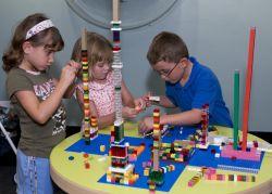 Manfaat Dibalik Mainan Buat Anak