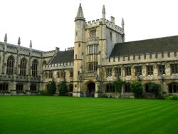 Beasiswa dari University of Oxford