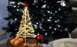 Buat Pohon Natal dari Sisa Ranting Pohon Yuk!