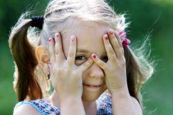 Tips Mengatasi Anak Pemalu