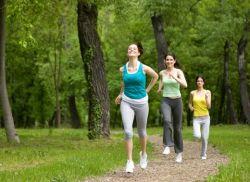 Ikuti Tips Jalan Kaki yang Benar untuk Turunkan Berat Badan!
