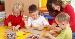 Tips Jitu Menemani Anak Saat Belajar dan Bermain