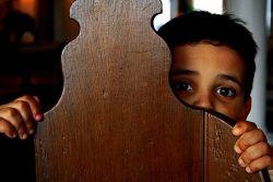 Hindari Pola Asuh yang Menakut-Nakuti Anak