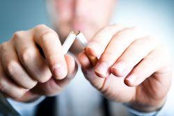 5 Cara Membuat Anak Jera Merokok