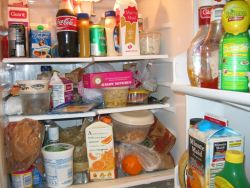 Tips Mencegah Makanan Rusak di Kulkas