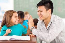 9 Cara Memotivasi Anak untuk Belajar