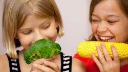 4 Tips Agar Anak Rajin Makan Sayur