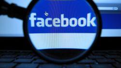 Bahaya Memperkenalkan Facebook pada Anak Anak Usia Dini
