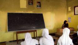 Di Batam Kualitas Pendidikan Menurun