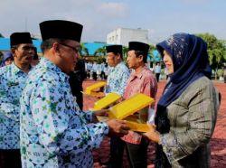 Indonesia Mengirimkan Dua Guru Berprestasi ke Australia