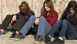 Waspadai! 5 Gejala Gangguan Mental pada Anak dan Remaja Anda