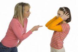 Bahaya Sering Memarahi Anak