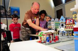 Lego, Mainan Edukatif bagi Anak