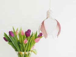 Dekorasi Rumah dengan Membuat Lampu Bunga