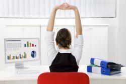 4 Langkah Bakar Kalori Saat di Kantor