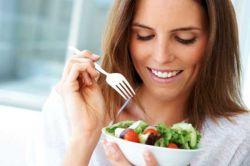 Berikut 4 Keuntungan Mengapa Anda Perlu Makan Pelan-Pelan