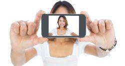 Foto Selfie Bikin Kepercayaan Diri Hilang