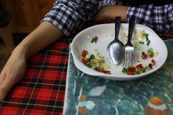 Hindari 7 Aktivitas Ini Setelah Makan!