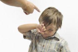Hindari! 5 Kebiasaan Buruk Orangtua yang Merugikan Anak