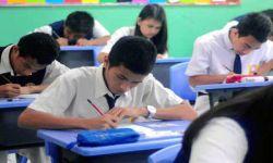 Untuk Menolak Kecurangan, Ratusan Peserta UN SMP Mendeklarasikan Anticontek