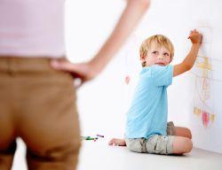 6 Kesalahan Orangtua Saat Disiplinkan Anak