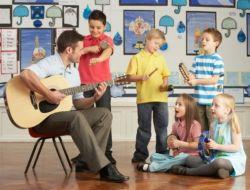 Manfaat Musik Bisa Bantu Anak Berperilaku Baik Loh!
