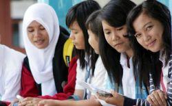 Di Padang Pengumuman Kelulusan UN Tingkat SMA Disampaikan Melalui SMS