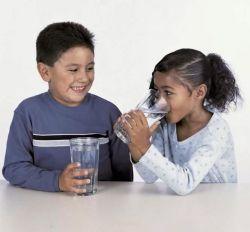Mau Ginjal Sehat? Air Putih Tiap Pagi Solusinya