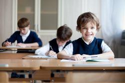 Ingin Anak Berprestasi di Sekolah? Simak Tipsnya, Yuk