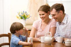 Ingin Anak Merasa Nyaman dan Terbuka dengan Orangtua? Ini 7 Tipsnya