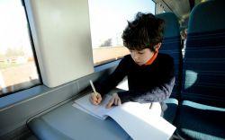Belajar Menulis, Memanfaatkan Momen di Perjalanan.