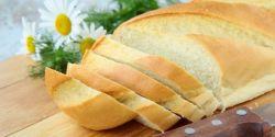 Kurangi Makan Roti Tawar Putih Agar Tubuh Sehat