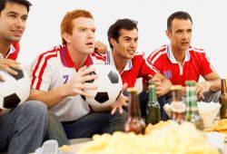 Tetap Fit Meski Begadang Nonton Piala Dunia