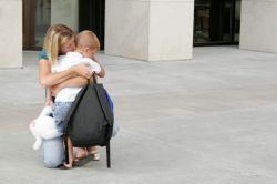 Berikut 3 Langkah Efektif Jika Si Kecil Enggan Pergi ke Sekolah