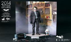 Hot Toys Merilis The Joker Bank Robber Version 2.0