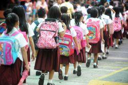 Hari Pertama Masuk Sekolah Masih Bebas Belajar