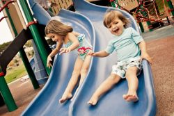 Hati-Hati, Ternyata Mainan Anak Lebih Kotor dari Dudukan Toilet